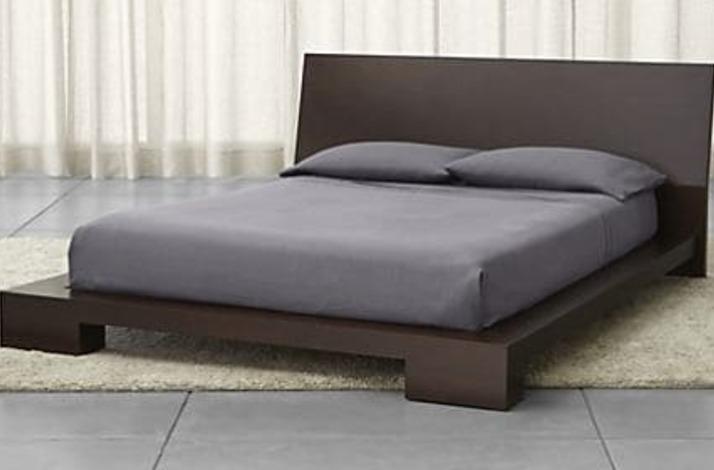 Кровать из массива КМ 438