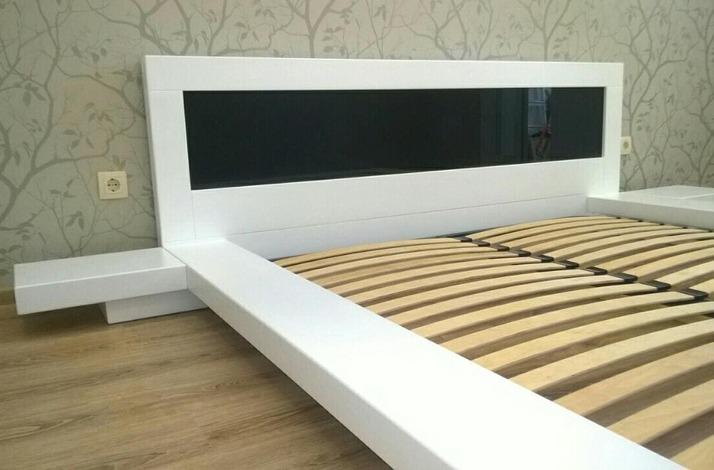 Кровать из массива КМ 463