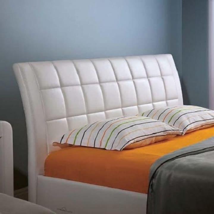 Кровать из экокожи КН-230