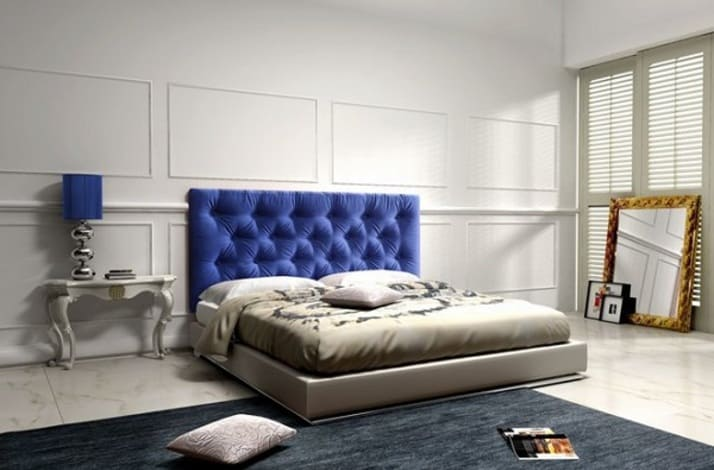 Кровать из текстиля и кожи КМ-12