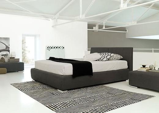 Кровать из текстиля и кожи КМ-7