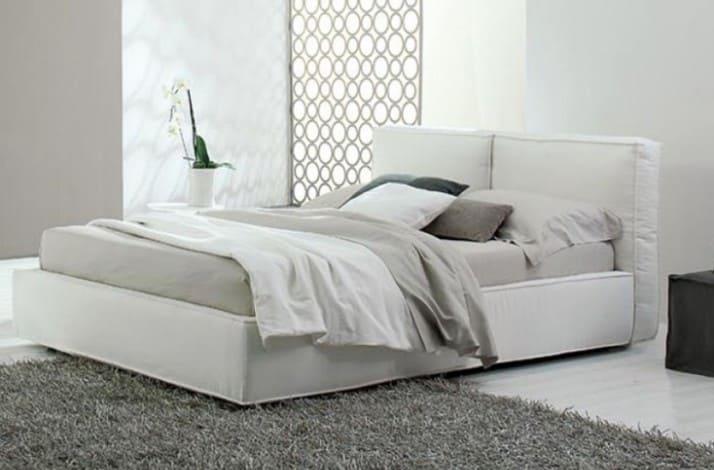 Кровать из текстиля и кожи КМ-19