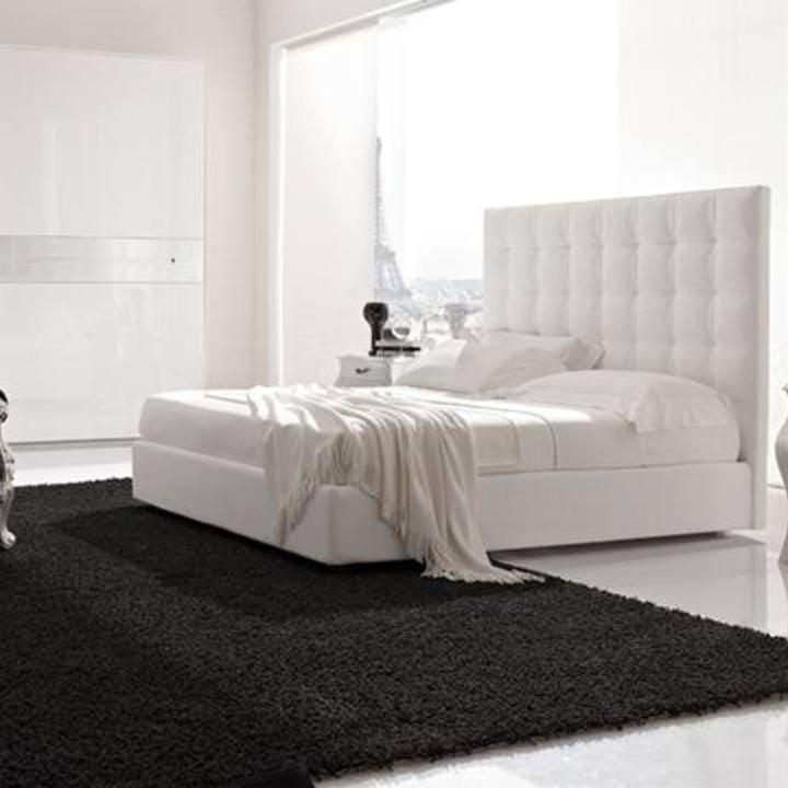 Кровать из текстиля и кожи КМ-1