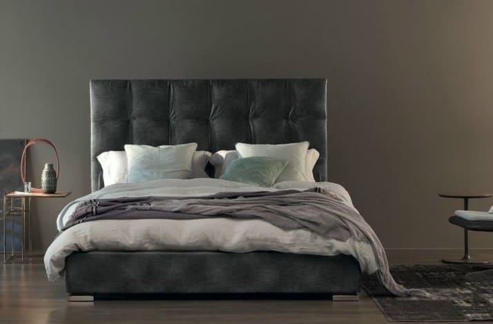 Кровать из текстиля и кожи КМ-21