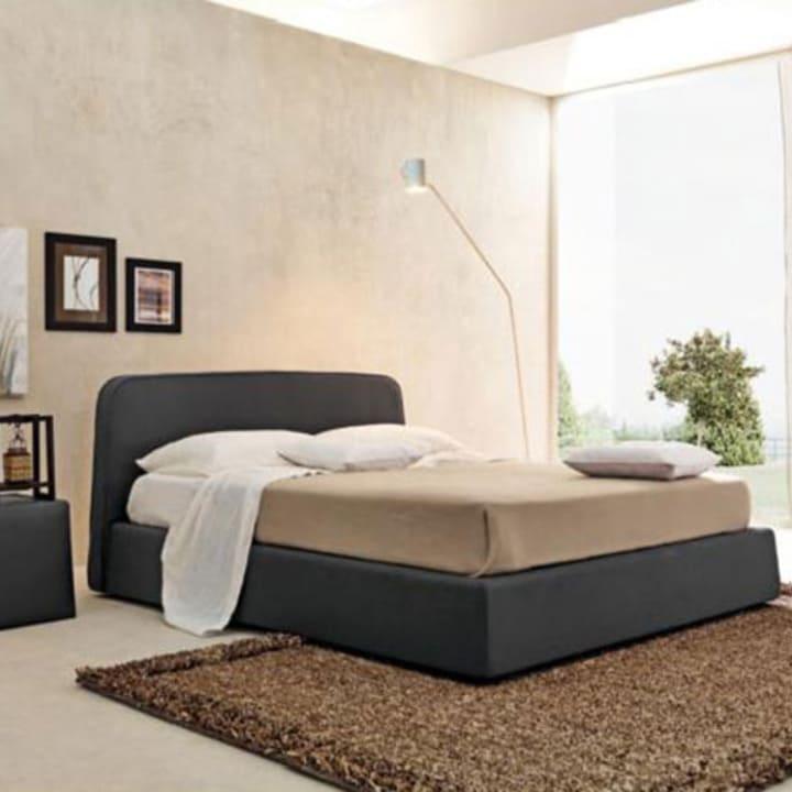 Кровать из текстиля и кожи КМ-23