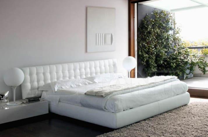 Кровать из текстиля и кожи КМ-37