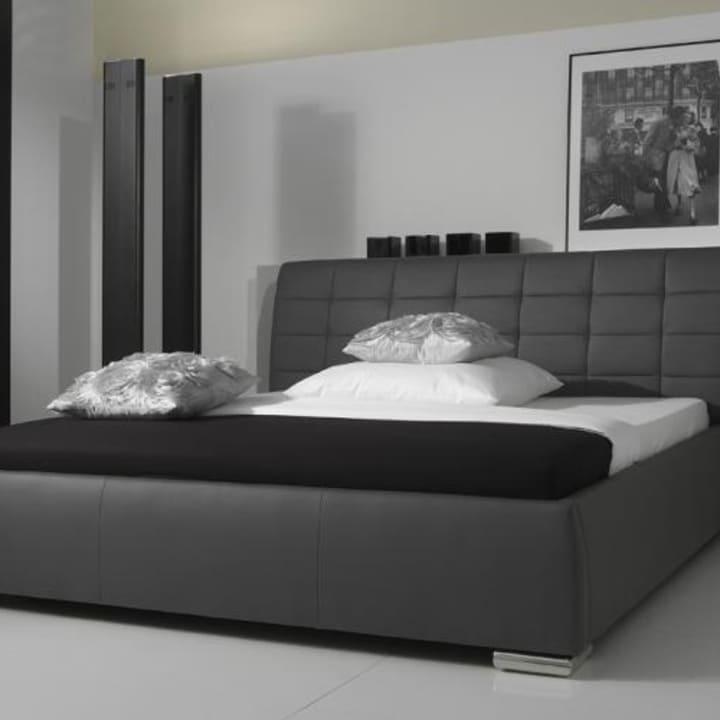 Кровать из текстиля и кожи КМ-44