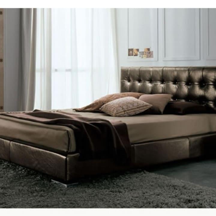 Кровать из текстиля и кожи КМ-48